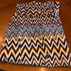Dresses & Skirts - Aztec print maxi skirt